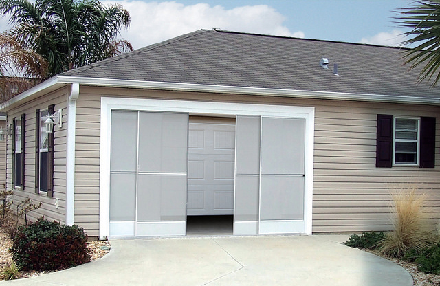 Convertible Garage Screen Slider_Open_640px_cropped